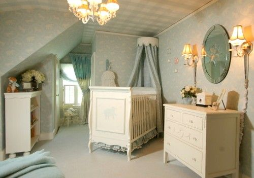 Love the attention to detail in this room. Check out the ceiling! #nursery