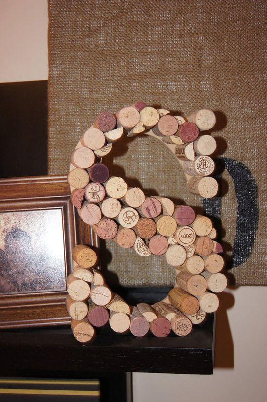 Wine cork monogram - letter 'S'