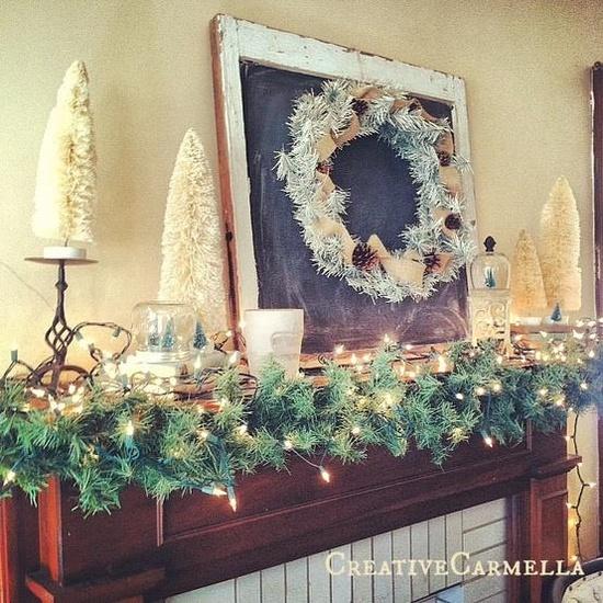 Christmas Mantle - chalkboard and wreath.