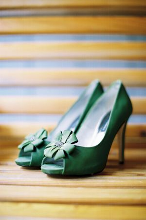 Green wedding shoes (Kim Box) #green #wedding #bride