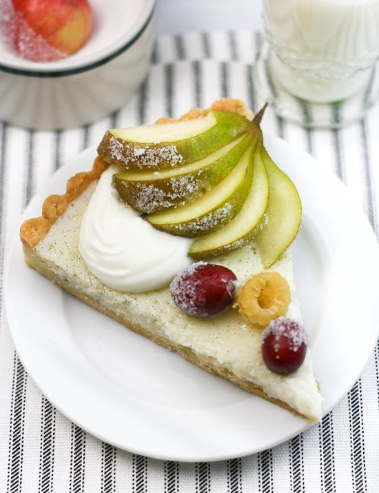 White ricotta tart with sugared fruit