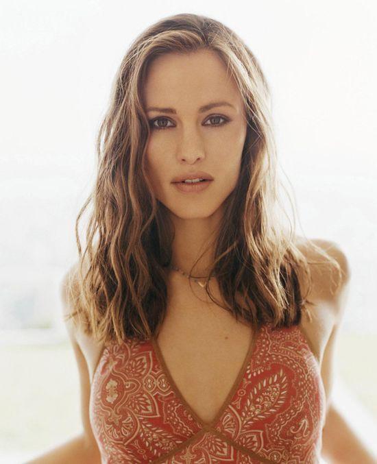 Jennifer Garner. She is soooo pretty