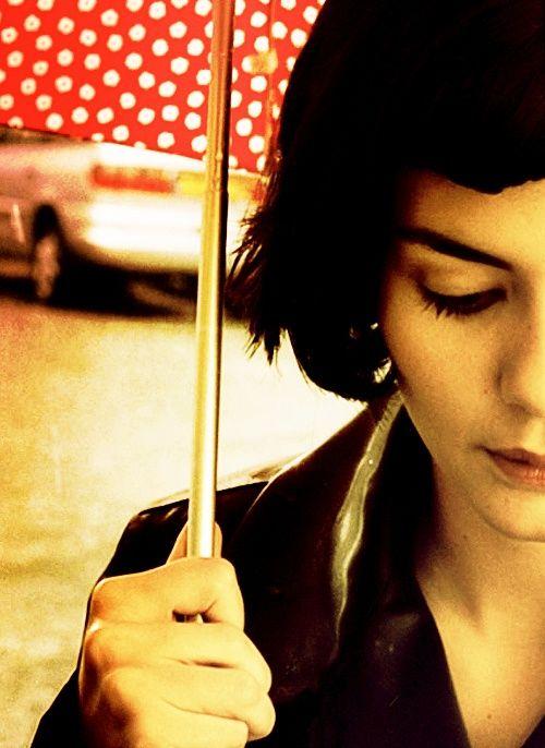 Audrey Tautou as Amelie  (Lei, sono io