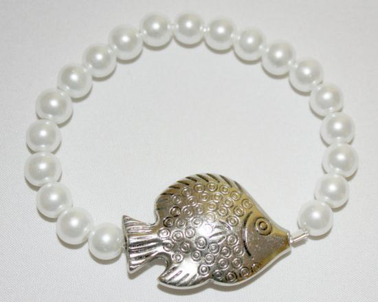 Antiqued Silver Goldfish Bracelet Stackable with by SoJewelrySoYou, $9.00 #goldfish #pearls #bracelet #jewelry
