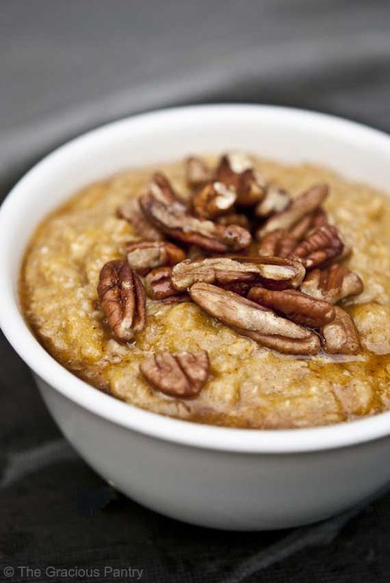 Clean Eating Pumpkin Pie Oatmeal (Makes 4 servings) Ingredients:  1 cup dry oats, cooked 1/2 cup pumpkin purée 1 teaspoon pumpkin pie spice, no sugar added 4 egg whites (optional) 1/4 cup pecans per serving Maple syrup to taste