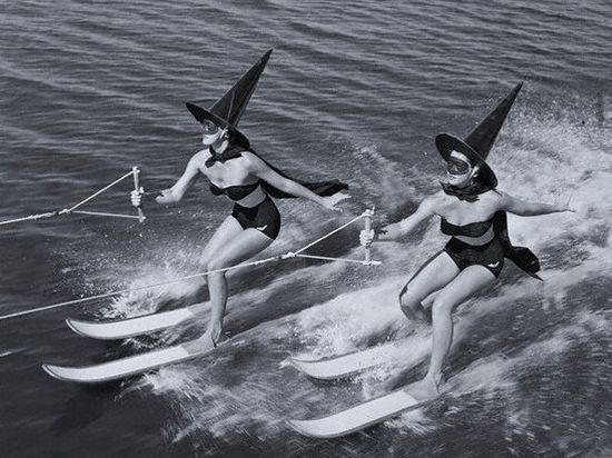 How stylish 1950s witches got around when their brooms were in the shop :D #witch #costume #1950s #women #water_skiing #vintage #retro #Halloween