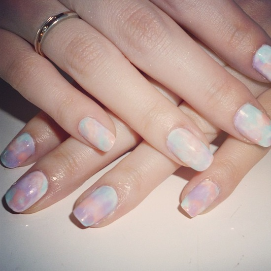 Watercolor nails. Video tutorial here www.youtube.com/... #nail #art