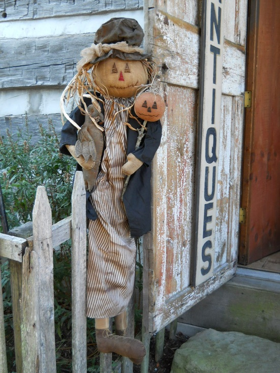 love scarecrows