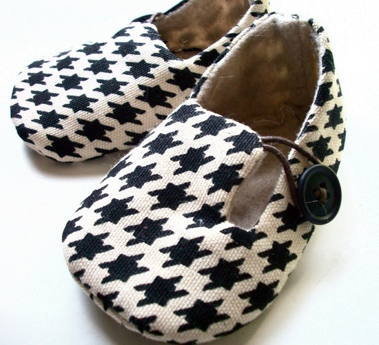 baby shoes- Love!