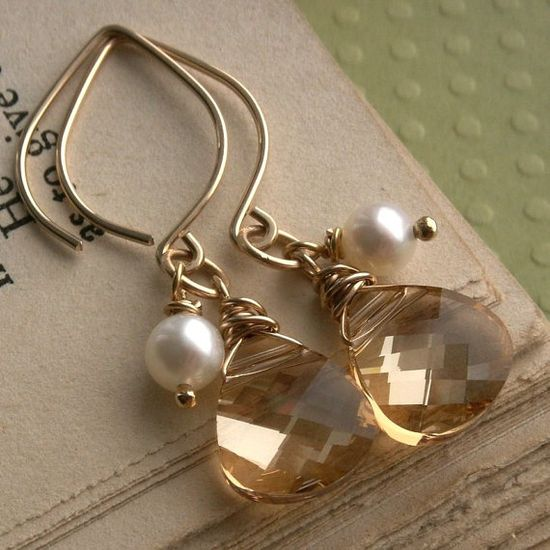 Teardrop earrings ...love the shape of the earwires
