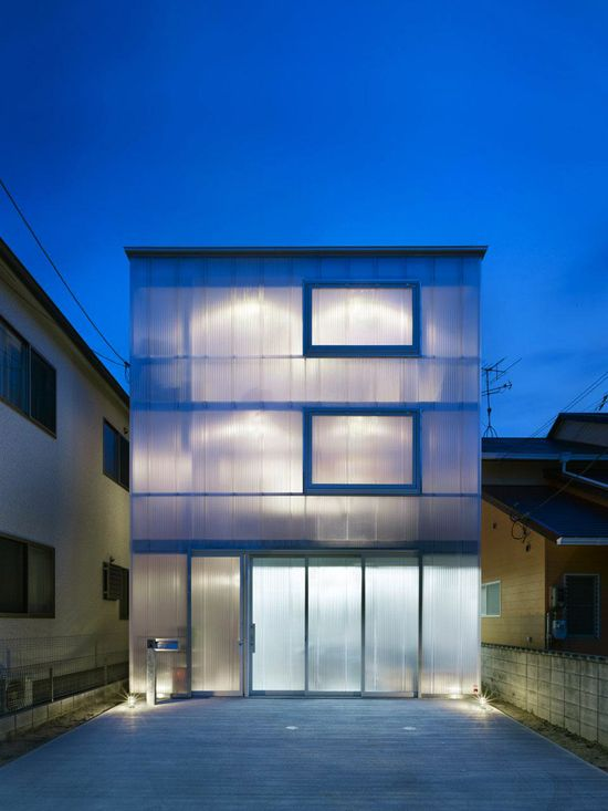 Suppose Design Office - House in Tousuien, Hiroshima  2012.