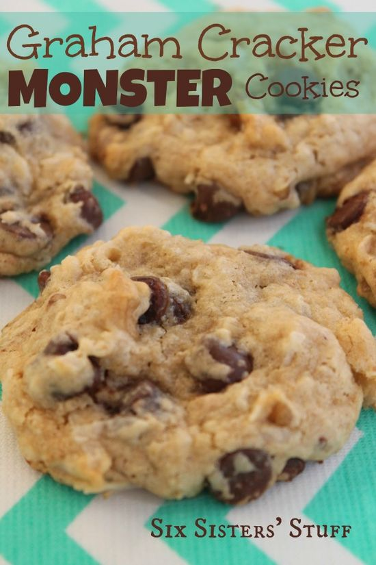Graham Cracker Monster Cookies Recipe on MyRecipeMagic.com #cookies #monster #graham #crackers