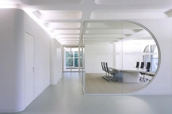 Minimalist Interior Office Designs