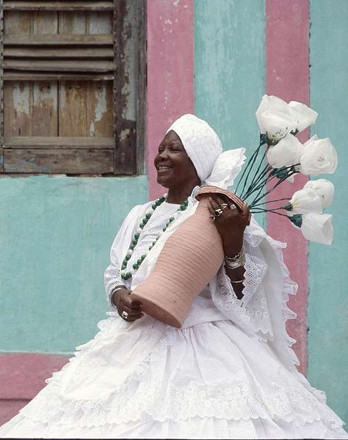 A  woman from Bahia, Brazil clad in all white traditional clothing (I bet this helps keep the sweltering heat a bay really well). #Brazil #traditional #costume #clothing #folk #dress #travel #woman