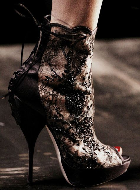 DELIRIUM FASHION: Shoes
