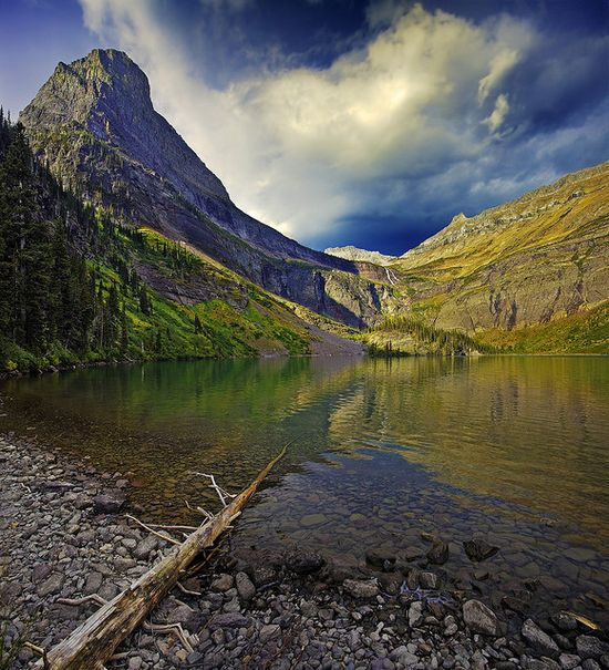 Grinnell Lake, Glacier National Park.  Don't you know that's cold???  One of the places I want to go.