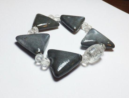 Gray Porcelain Triangle Stretch Bracelet with Clear Glass Beads by Designs by Tamiza, tzteja on Etsy, $10.00 #jewelry, #bracelet, #beaded, #designsbytamiza, #handmade, #ooak, #porcelain, #ceramic, #triangle, #delta, #geometric, #gray, #blackandwhite, #glass, #stretchbracelet