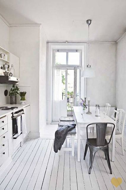 #white #kitchen #interior design