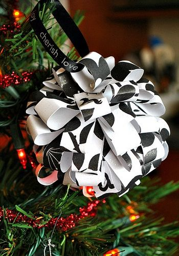 How to make a paper foamball ornament