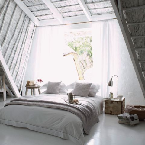 I absolutely love this inspired and increidbly creative bedroom interior. The shutter inspired wall and ceiling covers add a whole new dynamic to your typical bedroom interior introducing a grand texture into an otherwise sparse and simple space. #interior #design #decor #character #personality #texture #love #wood #white #grey #taupe