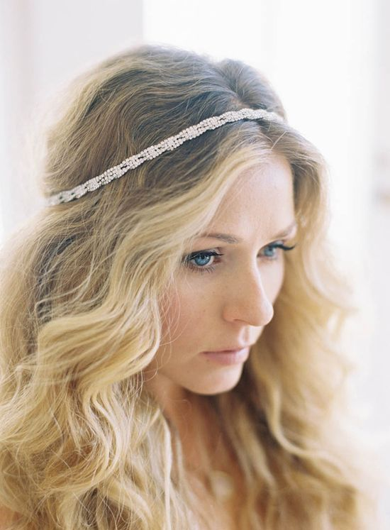 loose waves + headband // photo by Jen Huang, accessory by Olivia Nelson, styling by Borrowed Blu // view more: ruffledblog.com/...