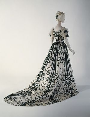 Silk evening dress, 1898–1900, House of Worth (French, 1858–1956). Metropolitan Museum of Art