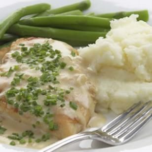 Sautéd chicken breast with creamy chive sauce