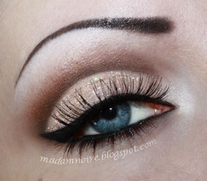 Nude pinup  #eye #makeup #smoky #dramatic