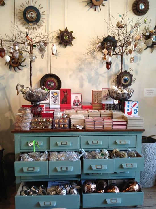 Holiday Greeting Cards & Ornaments