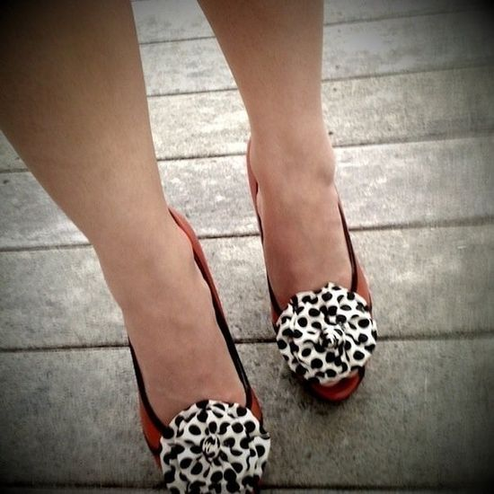 love a shoe clip!!