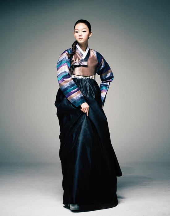 Korean traditional dress by Hanbok Lynn