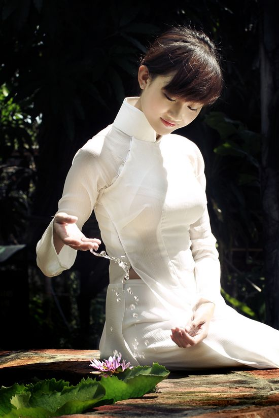 Ao Dai - Viet Traditional Cloth