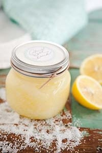 Lemon body Scrub: 1/2 cup sugar or 1/2 cup salt 1 tablespoon olive oil 2 tablespoons lemon juice Directions: 1 Mix all ingredients in a small bowl. 2 Apply to hands or feet above the tub or sink