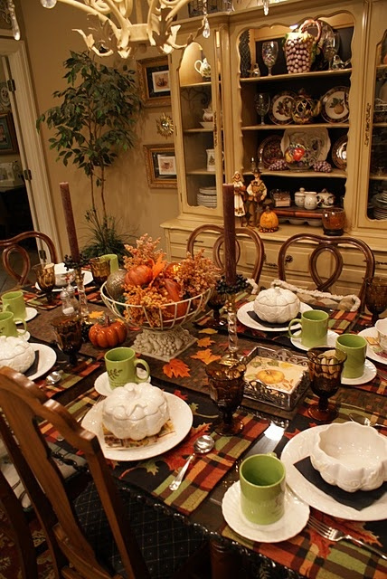 what a beautiful Fall table