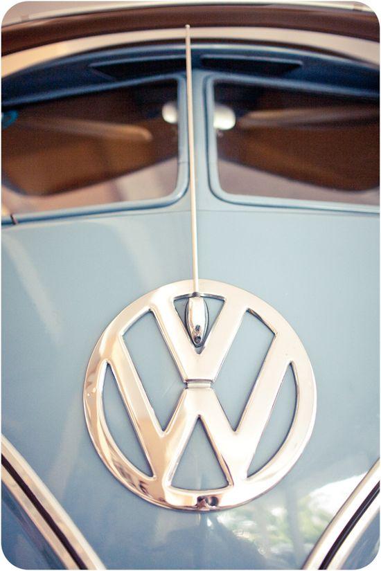 #VW split screen bus #ClassicCars #CoolCars QuirkyRides.com