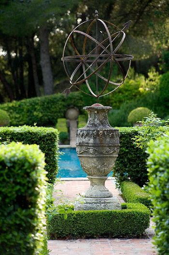 rough luxe: The Enchanting Gardens of Dominique Lafourcade  clive nichols photography  via roughluxeperspect...