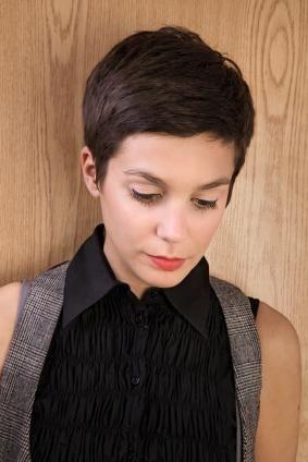 pixie cut / short hair