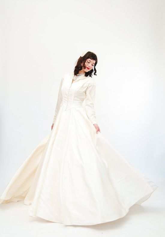Vintage 1950s Wedding Dress  50s Wedding Gown  by concettascloset, $348.00