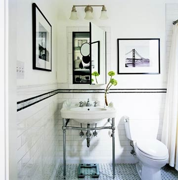 Black and white photographs complete  the look of this bath.