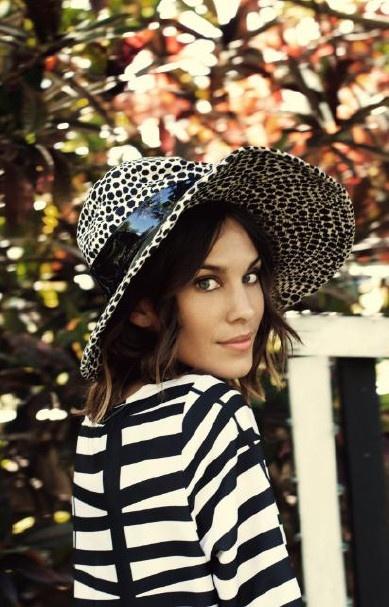 #AlexaChung #stripes