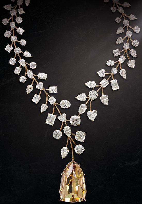 Mouawad's record-breaking L'Incomparable diamond necklace: a 407.48 carat, internally flawless natural fancy deep yellow diamond set among 637 carats of diamonds, including 90 exceptional white diamonds in a variety of cuts and carat weights.Via Diamonds in the Library.