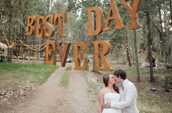fun 'Best Day Ever' wedding sign