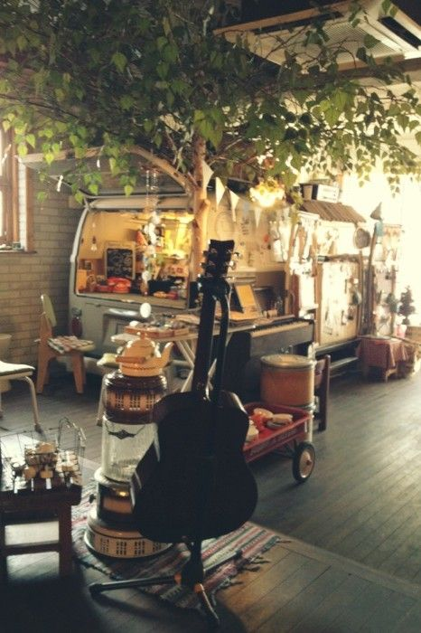 bohemianhomes:Bohemian Homes: Beautiful Studio apartment