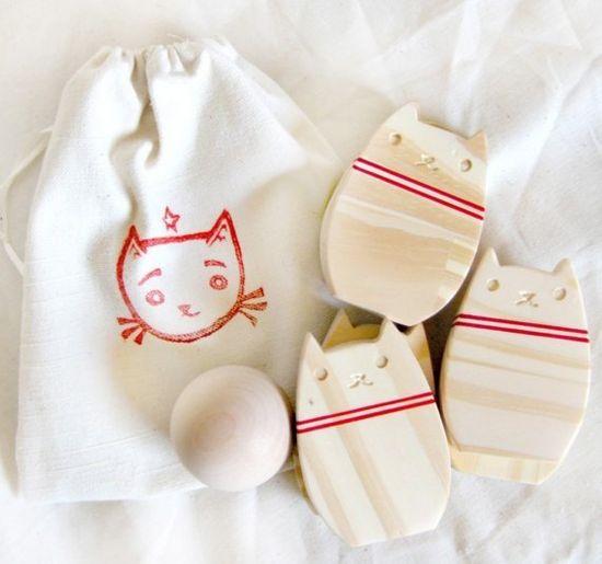 bowling kitty wood set
