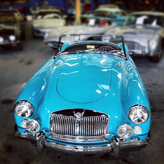 ~Little Turquoise Sports Car~