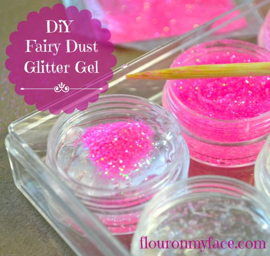Fairies Fairies Everywhere: DIY Fairy Dust Glitter Gel Fairy Party Favors for your little fairy. Also a great summer kids activity.