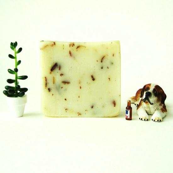 Oregon Hops and White Grapefruit Soap - Handmade + Vegan by Prunella Soap
