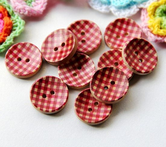 more wooden buttons ....so cute!!!!!