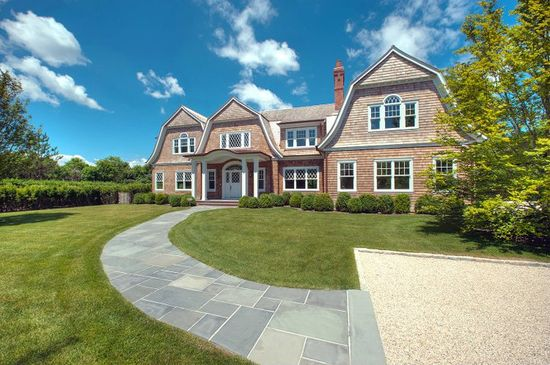 Hamptons #farrellbuildingcompany  CHIC COASTAL LIVING