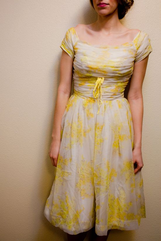 Vintage 1950's Floral Party Dress by SimpleandTimeless on Etsy